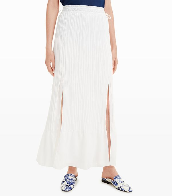 Naked Maxi Skirts With Sneakers: Now a Thing