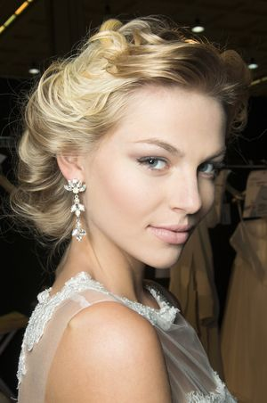 5 Bridal Hair Rules You Don't Actually Have To Follow