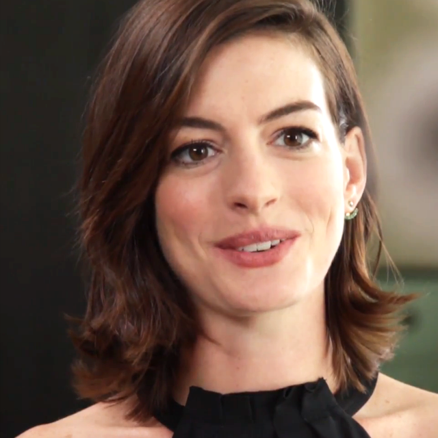 Anne Hathaway Tells Robert De Niro What She Learned From Him