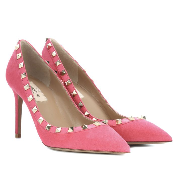 3636cf68d27f What to Wear With Coloured Heels