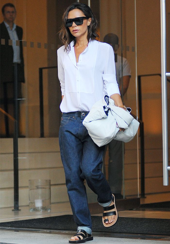 Victoria Beckham Style  29 Looks Anyone Can Copy  924c392bb