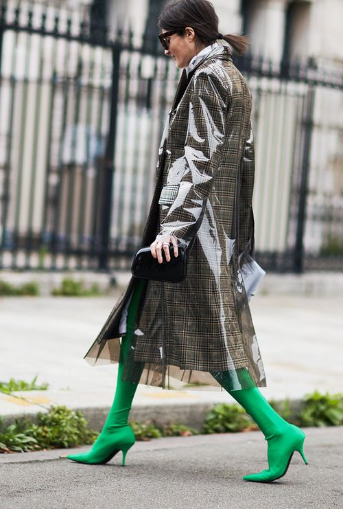 thigh-high-over-the-knee-boots-styling-tips-126889-1507047913006-image.500x0c.jpg (500×741)