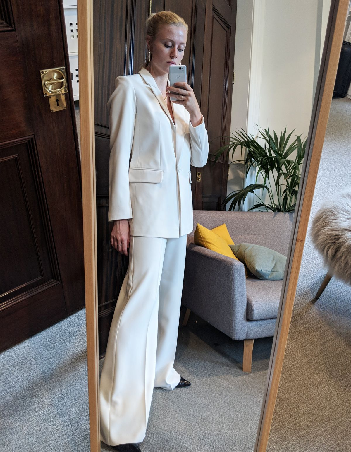 What We Wear When We Want to Look and Feel Rich