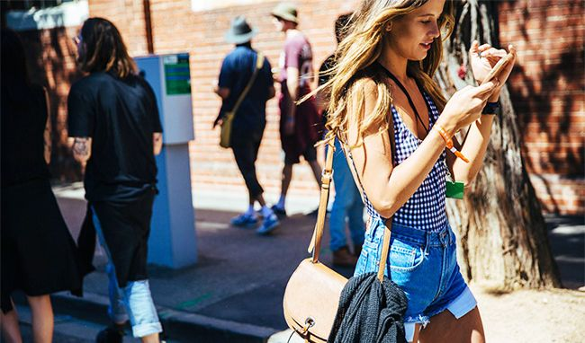 b4abe5713c09 Denim Cutoffs Can Be Dangerous, but Here's How to Look Chic in Them