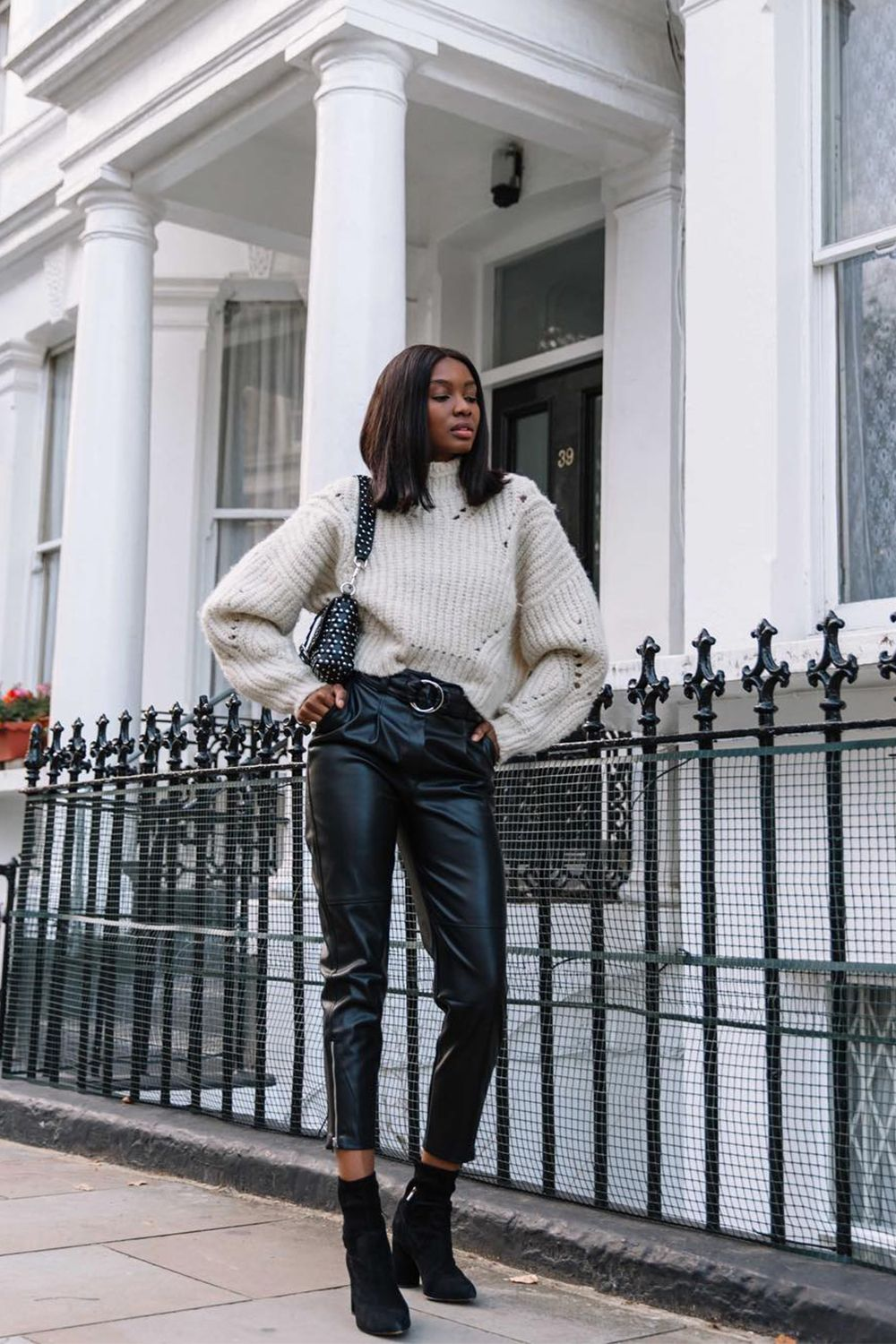 8e1c4e6b9e9 Style Notes  A bulky jumper worn long over leather trousers wouldn t be  very elongating
