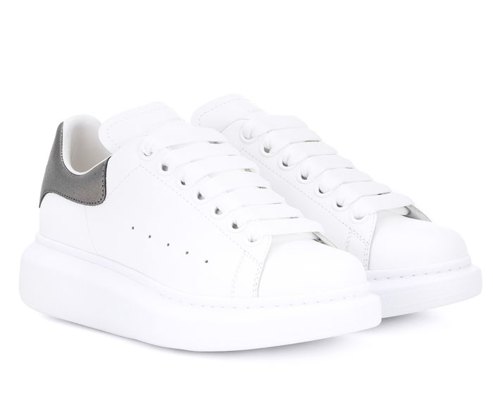 How to Clean White Sneakers and the 9 Hacks You Need to Know | Who