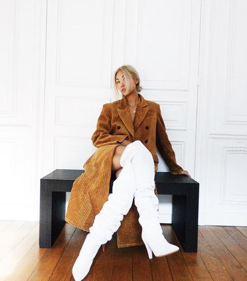 minimalist-outfit-ideas-153451-1541435433040-image.500x0c.jpg (500×569)