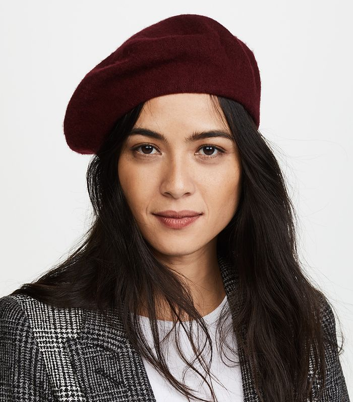 How to Wear a Beret Like a Fashion Girl  46fed64bed08