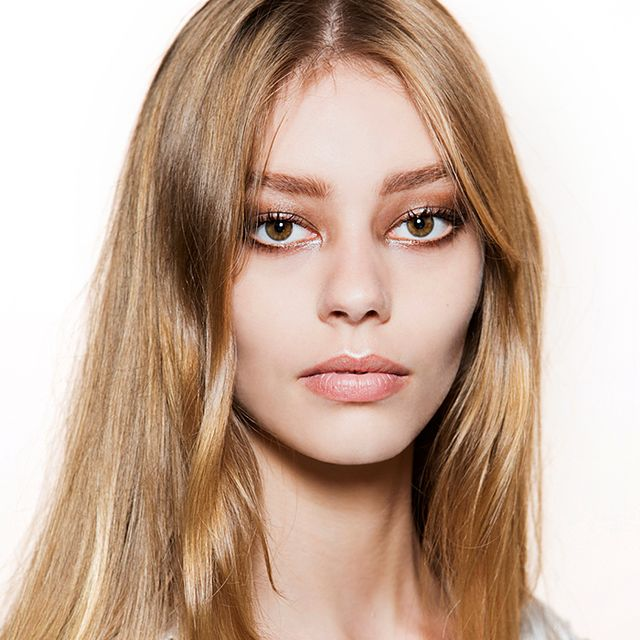DIY: The Hydrating Treatment Your Hair Needs This Spring