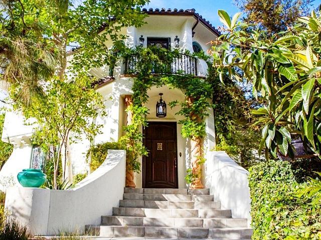 Step Inside Sia's Magical Los Feliz Home