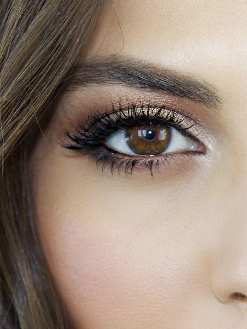 A Stunning Makeup Tutorial For Brown Eyes Byrdie Uk