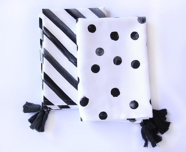 Dandi Spots and Stripes Tea Towels in Charcoal (set of 2)