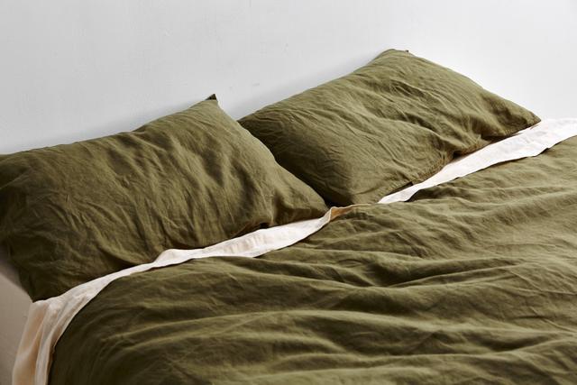 IN BED X Triibe Linen Duvet Set in Moss