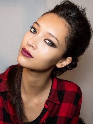 12 Glitter-Free Holiday Party Beauty Looks