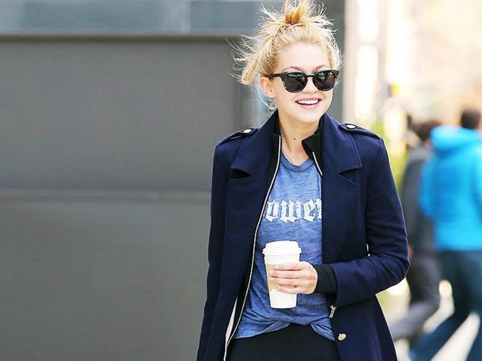 7f06a569c300 http   www.whowhatwear.com taylor-swift-skinny-jeans 1 hourly https ...