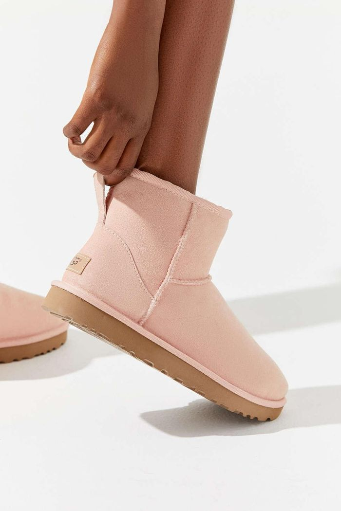 36038228173 13 Cute Ways to Style Your Uggs This Winter | Who What Wear