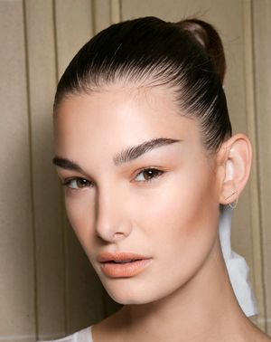 Back to Work: The Two-Minute Touch-Up Routine You Need to Know