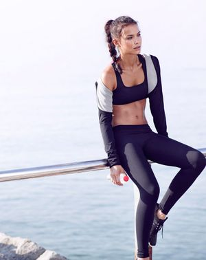 The 5-Minute Thigh-Toning Exercise You Can Do Anywhere