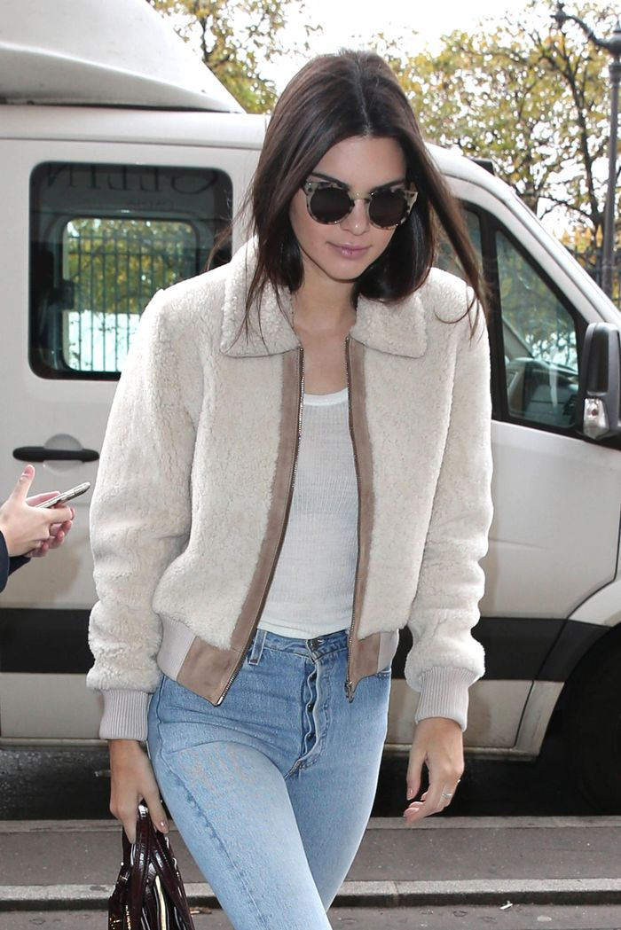 f67812406d9 Celebrity Style and Fashion Trend Coverage