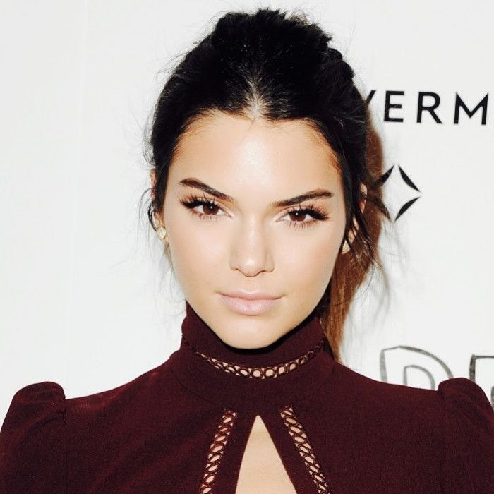 Jan 9, 2016. This Kendall Jenner–Inspired Makeup Tutorial Is ...