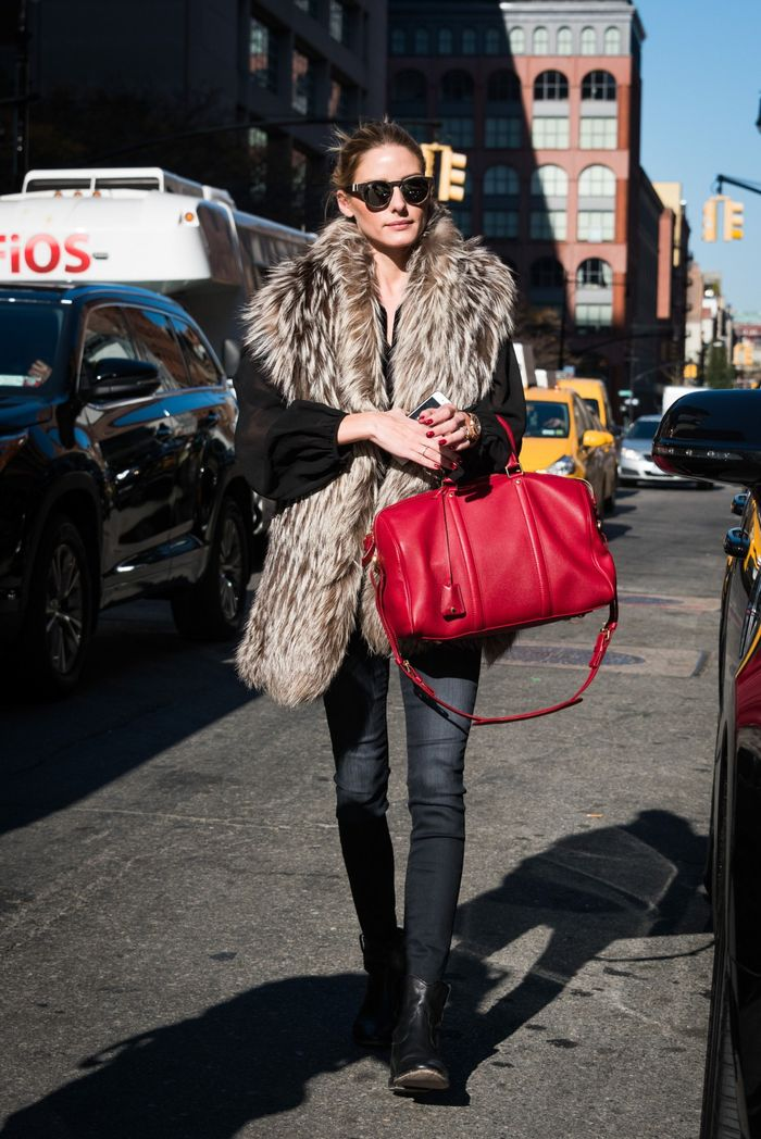 3452d4e311 The  1 Accessory That Pulls Together Olivia Palermo s Look
