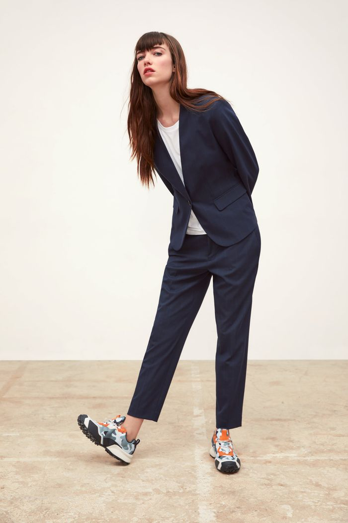 614a88090e3 Master L.A. Style With These 8 Outfits