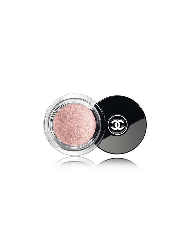 Chanel Illusion D'Ombre Long Wear Luminous Eyeshadow in Emerveille