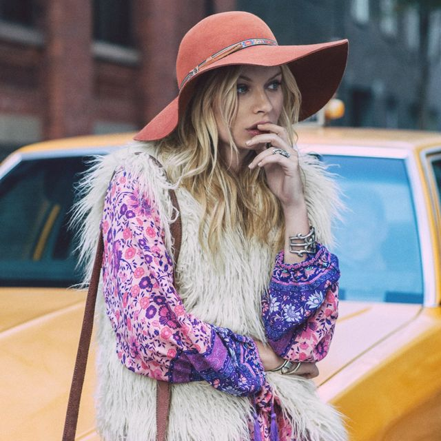 Alexandra Spencer Is the Ultimate '70s Babe In Her Latest Campaign