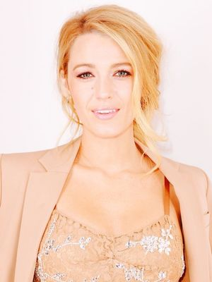 A Peek at How Big Blake Lively's Engagement Ring Really Is