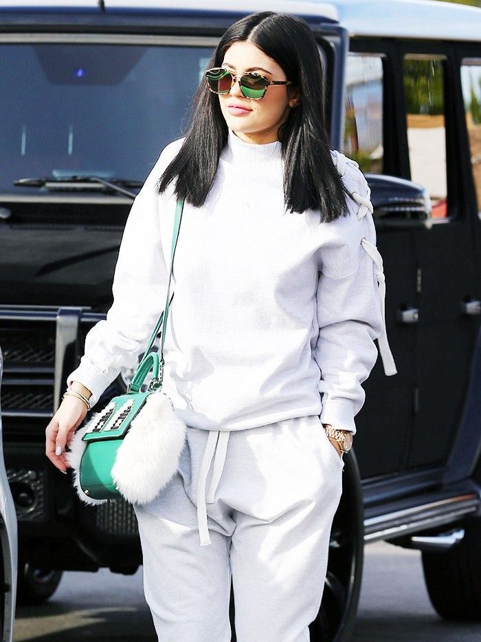 Kylie Jenner S Trick To Make Sweatpants Look Expensive