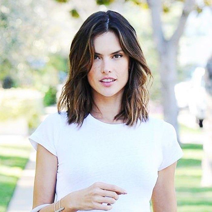 Alessandra Ambrosio Just Found A Fresh New Color Palette For Spring