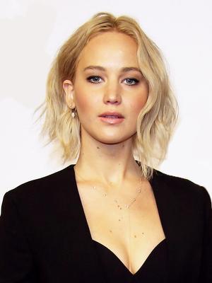 Jennifer Lawrence Just Went White-Blonde