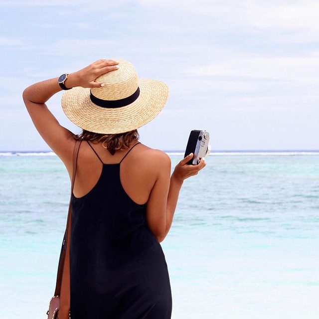A Travel Blogger's Secrets to Taking Memorable Holiday Snaps