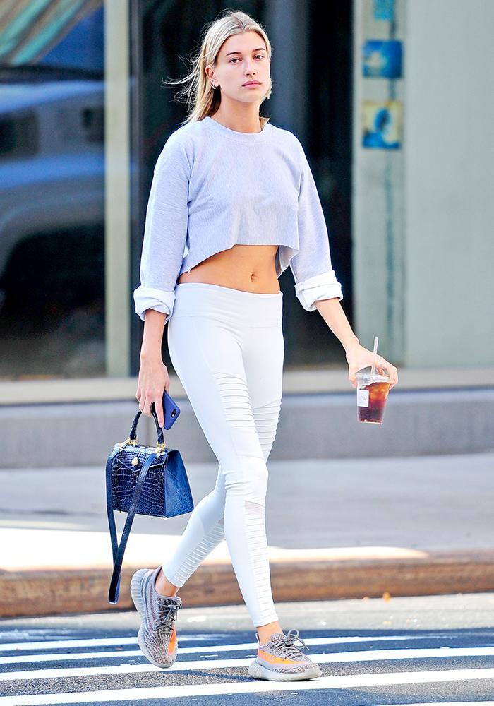 celebrity leggings�alo yoga who what wear