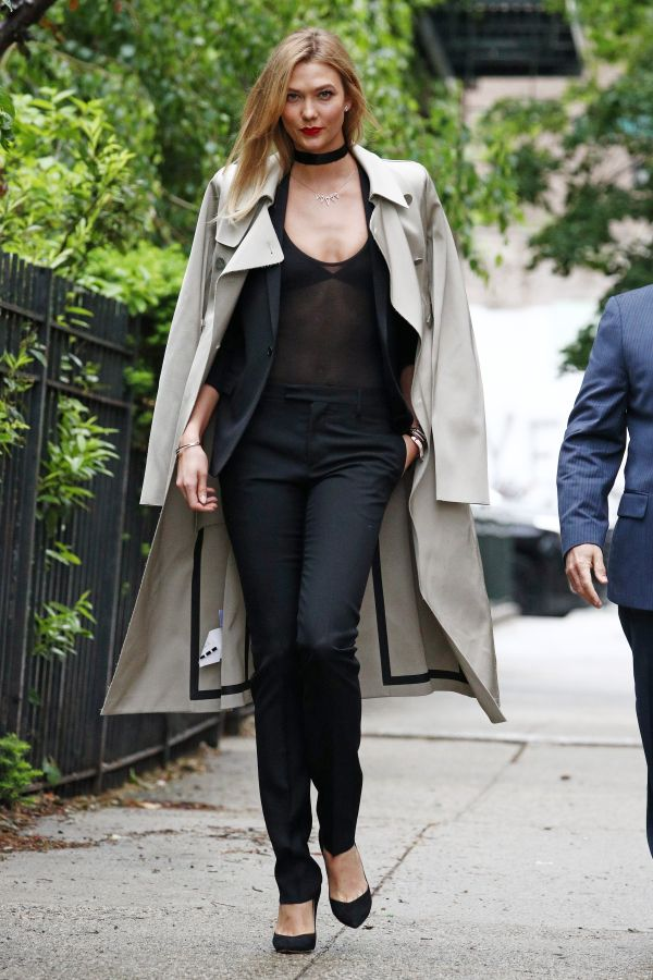 <p><strong>WHO:</strong> Karlie Kloss</p>