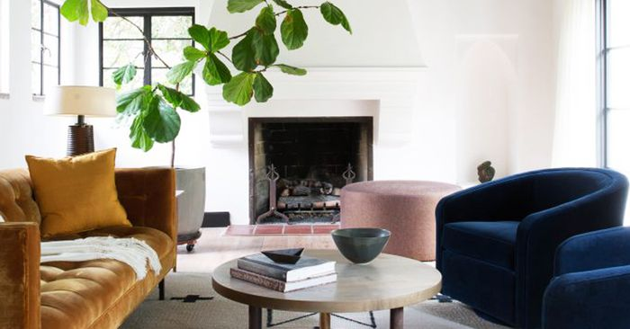 This Is How A Minimalist Decorates A Home MyDomaine Best Interior Design From Home