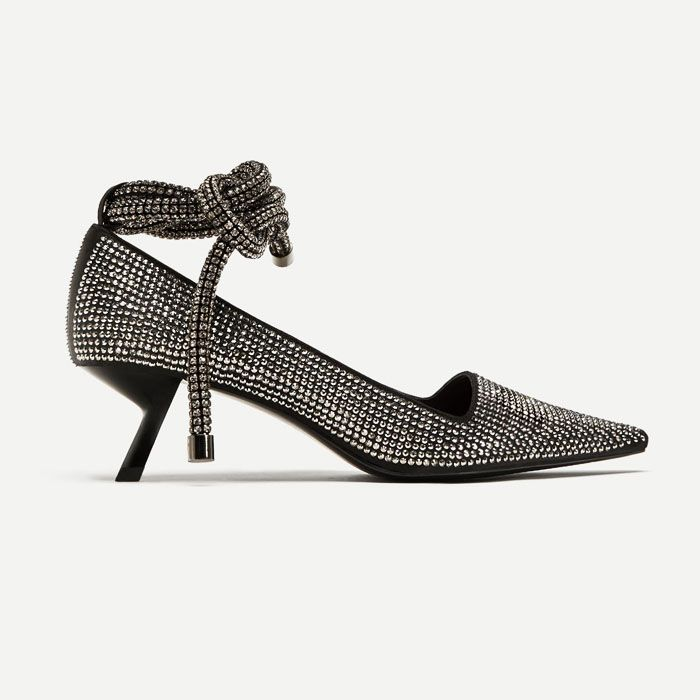 edebb4ab46a Zara s Most Expensive-Looking Shoes Are Astounding