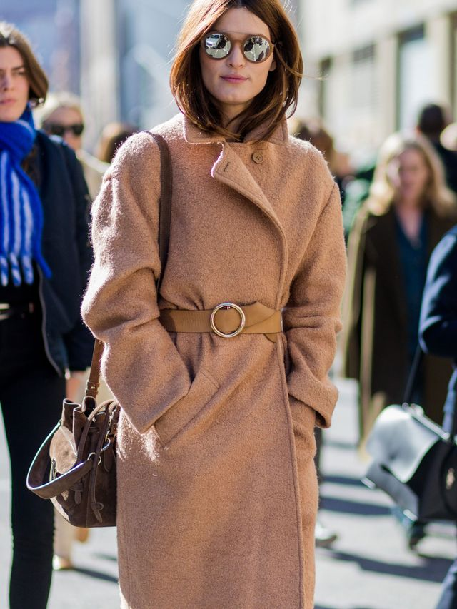 <p>Belt your coat at the waist to add a stylish statement to your look. Extra points for a contrasting colour.</p>