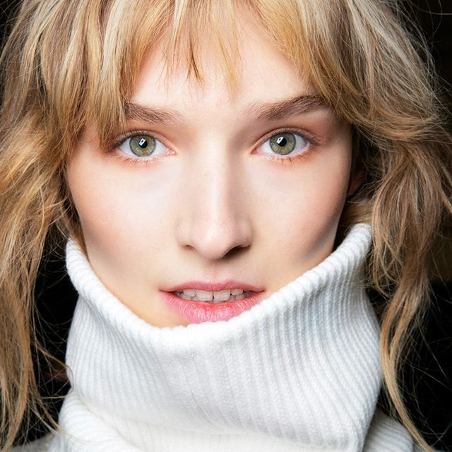 6 Winter Skin Woes You Can Fix With Vaseline