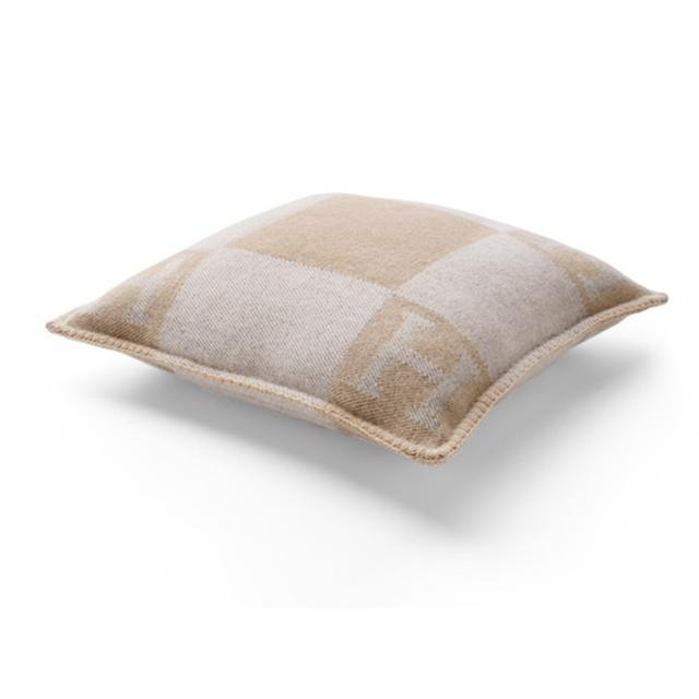 Hermes Avalon Cushion