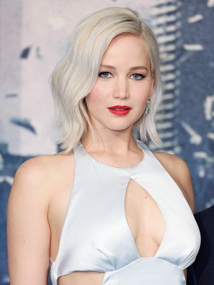 J.Law's Hairstylist Shares Her Favourite Hacks for Perfect Waves