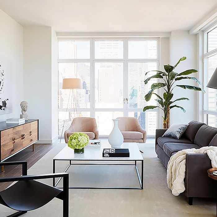 How To Arrange Your Living Room Layout No Matter The Size Mydomaine
