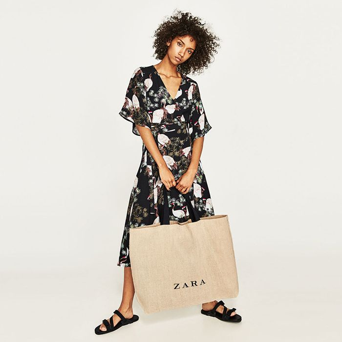 3214ad80b6 How to Find Out When Zara Sales Are Starting | Who What Wear