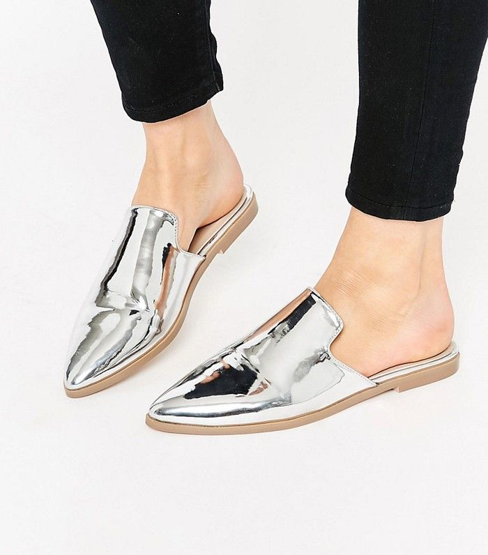 5283a7c524e Meet the Best Flat Shoes  21 Pairs for the Style-Savvy Girl