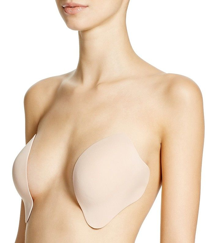 b1ade621981 Celebs Wear This Bra With Backless Dresses