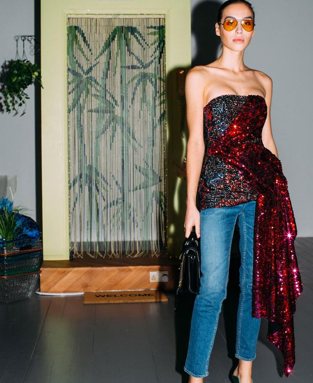 What to wear on a night out: Maxim Magnus wearing a sequin top with jeans