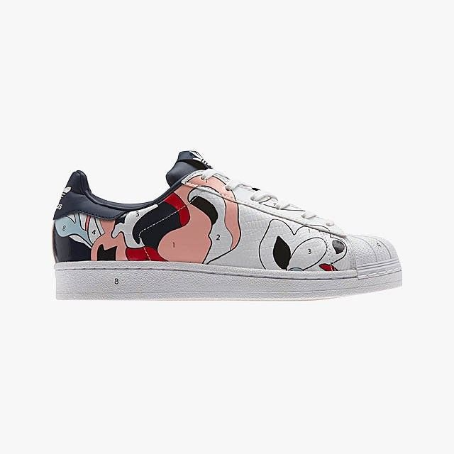 competitive price 12d81 77757 Rita Ora Just Revamped Adidas Stan Smiths in the Coolest Way ...