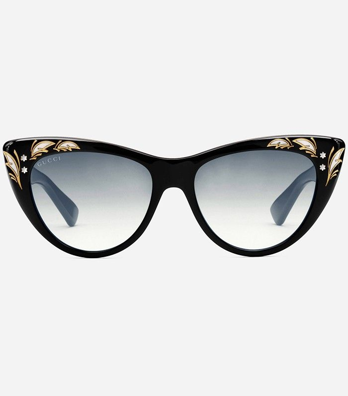 be9428586f686 Fashion Girls Agree  These Are the It Sunglasses of Fall 2016