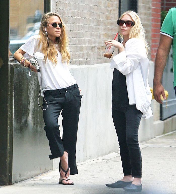 Mary-Kate Olsen Just Made Flip-Flops Look Chic