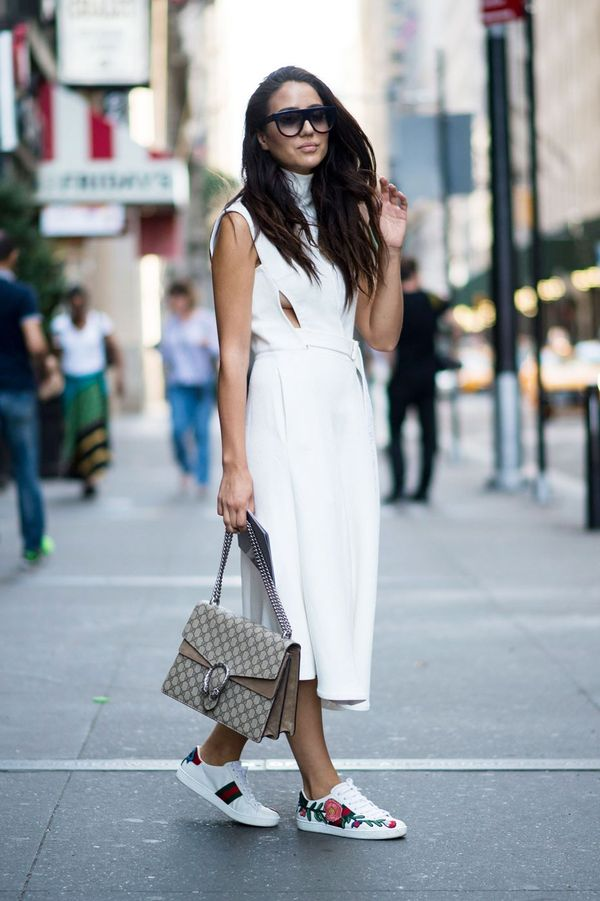 <p>Printed sneakers + a white dress = everything.</p>